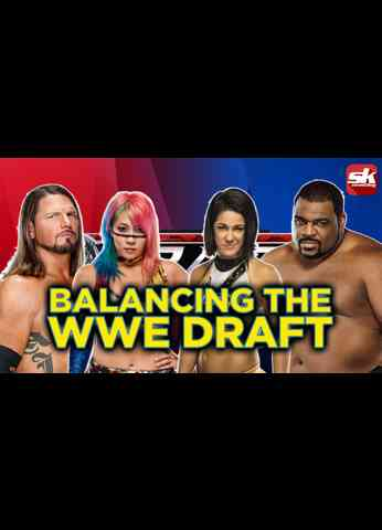 Which trades should have been made to balance the WWE Draft between RAW and SmackDown?
